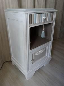 Meuble De Chevet : chevet ancien ou meuble d appoint effet shabby blanc lin taupe bleu gustavien anjoudeco ~ Teatrodelosmanantiales.com Idées de Décoration