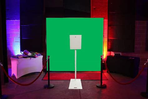 advanced green screen photo booth hire  tech