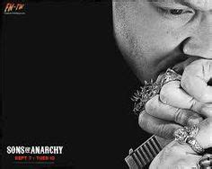 theo rossi charlie hunnam soa images sons