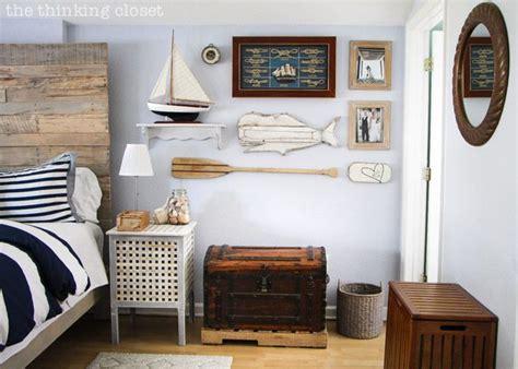 Nautical Decor Ideas For Bedroom, Bathroom & Walls