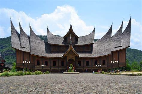 pagaruyung palace  west sumatra   unique