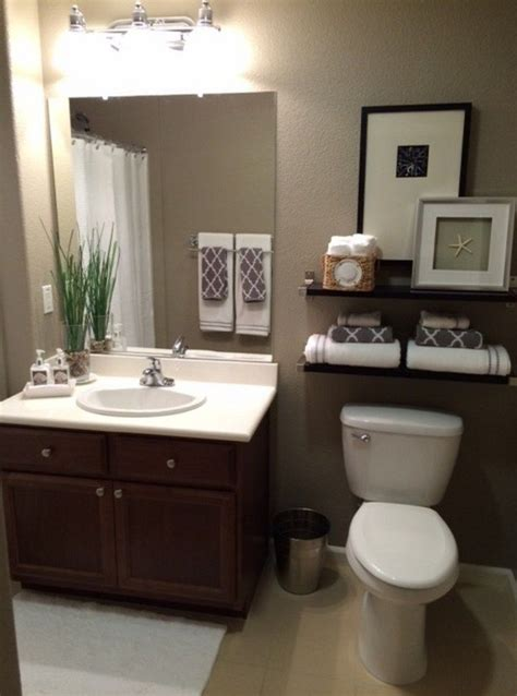 Ideas For Small Bathrooms Makeover by Top 25 Best Budget Bathroom Makeovers Ideas On