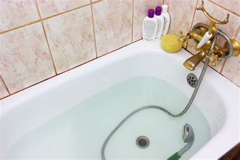Best Way To Clean A Shower by What Is The Best Way To Clean A Bathtub