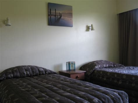1 & 2 Bedroom Serviced Hotel Apartment