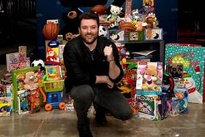 Holiday Cheer: Miracle On Broadway, Chris Young, Cumulus ...