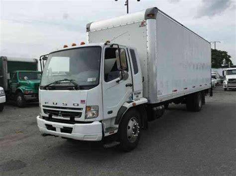 Mitsubishi Box Trucks by Mitsubishi Fuso 2010 Box Trucks