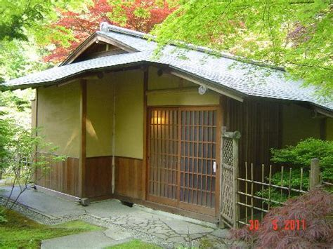 seattle japanese garden traditional tea house picture