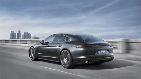 2017 Porsche Panamera Finally Stands For The Four-door 911
