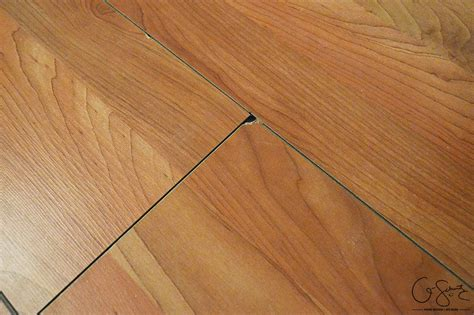 laminate wood flooring gaps patch gaps in laminate floors madness method