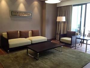 Deco Mur Interieur Moderne : salon moderne beige et gris photos 2017 et salon moderne ~ Teatrodelosmanantiales.com Idées de Décoration