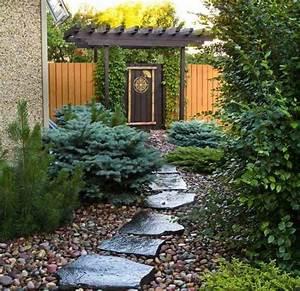 amenagement allee de jardin et chemin de pierre en 95 idees With amenagement de jardin avec des pierres