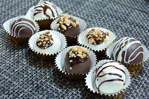 How to Make Banana Walnut Cake Pops (with Pictures) - wikiHow