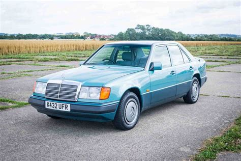 Mercedes benz w124 sedan 200 e engine technical data. 1992 Mercedes-Benz W124 200E - Last owner 17 years - New MOT SOLD | Car And Classic