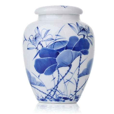 blue and white china l blue and white porcelain caddy likes lotus saying