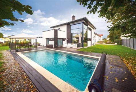 Moderne Häuser Mit Pool by Moderne H 228 User Mit Pool Haus Mit Pool Im Wohnzimmer Dumss