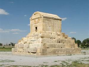 Visit Pasargadae & Explore Tomb of Cyrus the Great