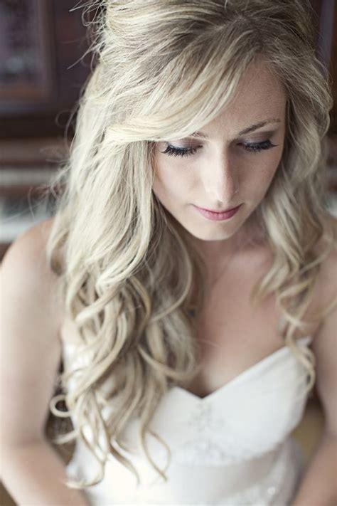 25 most elegant looking curly wedding hairstyles