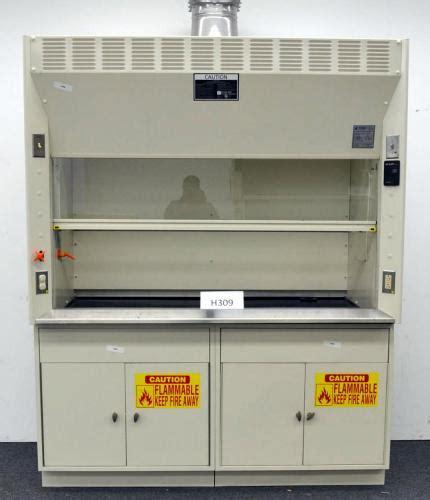 6 39 Kewaunee Scientific Laboratory Fume Hood With Epoxy