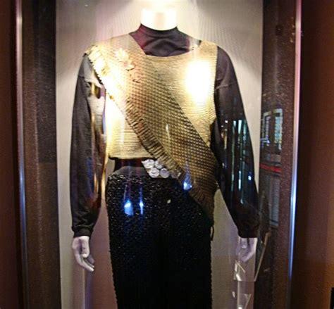 star trek prop costume auction authority star trek