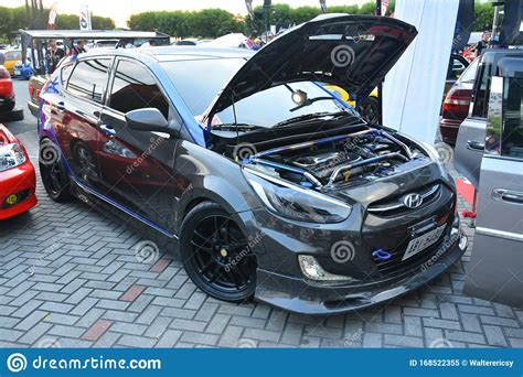 Maybe you would like to learn more about one of these? Hyundai Accent Hatchback At Bumper To Bumper 15 Car Show ...