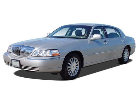 Lincoln Town Car Specs Features Msn Autos