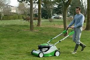 Tondre La Pelouse Sans Ramasser : tondre la pelouse sans ramasser tondre la pelouse methode pour tondre la pelouse sans se ~ Melissatoandfro.com Idées de Décoration