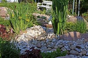 Wasserlauf Im Garten : blumenstein garten und landschaftsbau wasserlauf ~ Orissabook.com Haus und Dekorationen