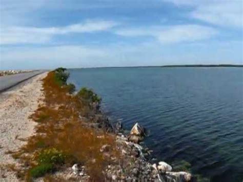 Anreise Zur Insel Santa Maria über Einen 40 Km Langen Damm