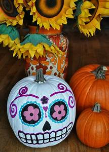 Halloween Kürbis Bemalen : halloween k rbis das symbol des gruseligen tages halloween halloween halloween deko ~ Eleganceandgraceweddings.com Haus und Dekorationen