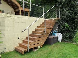 Escalier Terrasse Bois : construction terrasse en bois sur pilotis avec escalier ~ Nature-et-papiers.com Idées de Décoration