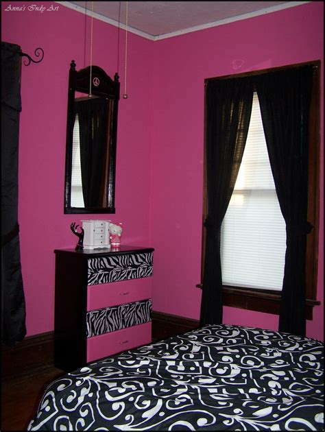 black and pink bedroom accessories upcycled dresser in a pink and black room my own 18321   b3a3662dbc35cf265524c64bf6e322a8