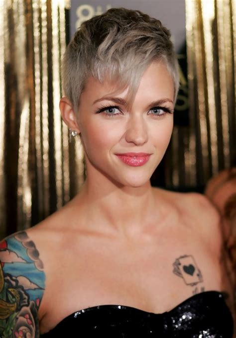 Pixie Hairstyles With Bangs by Gray Pixie Haircut With Bangs Ruby