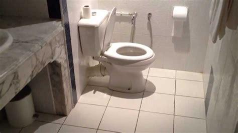 porte de chambre forte davaus salle de bain avec zellige beldi avec des