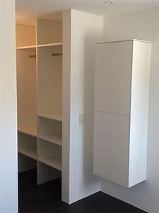 Kleine Kleiderschränke : begehbarer kleiderschrank ecke klein ~ Pilothousefishingboats.com Haus und Dekorationen