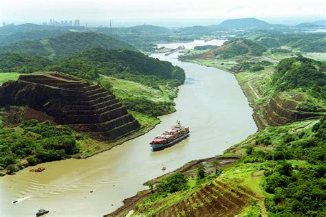 Panama Canal (Cruise Into Canal) Cruise Port - Cruiseline.com