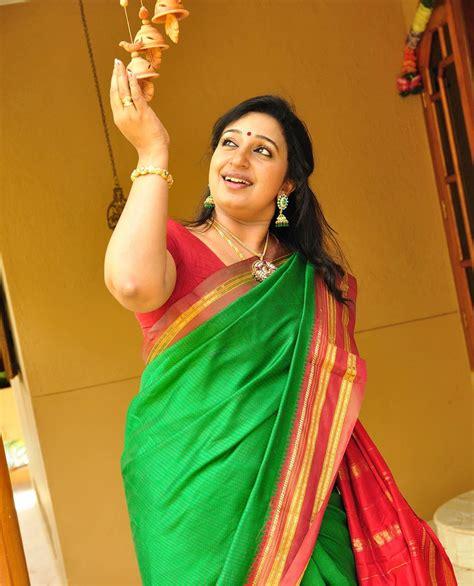 Hot Actress Cute Sona Nair