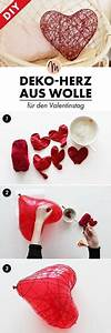 Simply Stylish Easy Wool Heart Wreath Decorations | Art ...