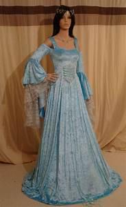 best 25 renaissance wedding dresses ideas on pinterest With robe de mariée médiévale