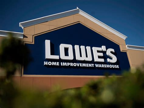 Lowe's Canada Growing To 54 Stores Including 12 Former