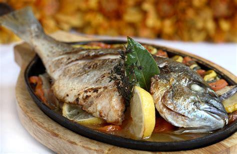 cuisine dorade dorade fish grilled trizoniaposeidon 39 s weblog