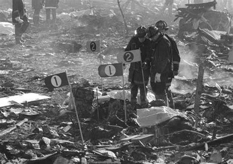 Images From The Flight 191 Crash  Daily Herald