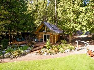 Lakefront Private Log Cabin, close to Pemberton - The ...