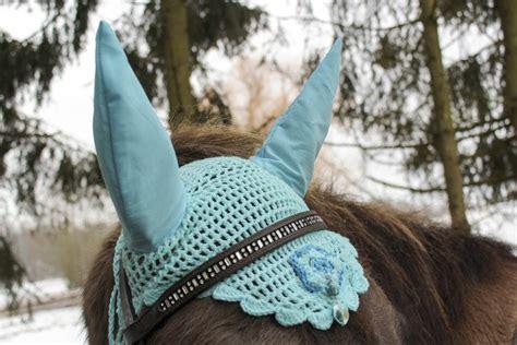 haekelanleitung fliegenmuetze ohrenhaube fuer pferd oder ponny