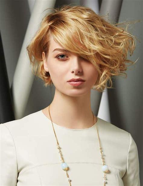 coupe de cheveux ete  coiffure simple  facile