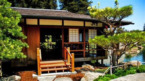 Asian Home : Traditional Japanese House + Garden