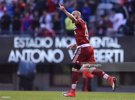 Javier Pinola of River Plate celebrates after scoring the ...
