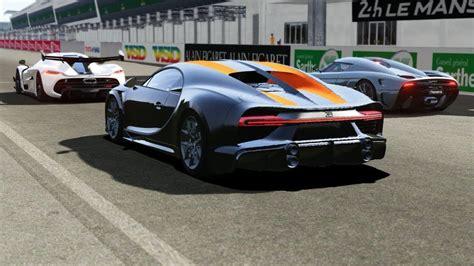 Koenigsegg jesko vs bugatti chiron. Bugatti Chiron Super Sport 300+ vs Koenigsegg Jesko vs Koenigsegg Regera... em 2020