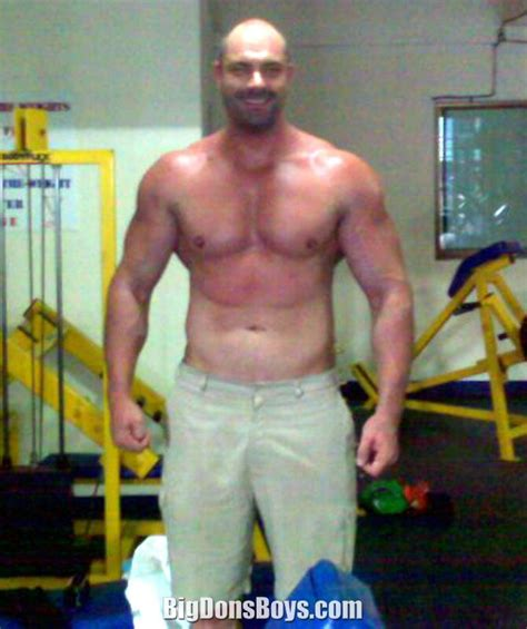 tall bodybuilder conan stevens gallery page