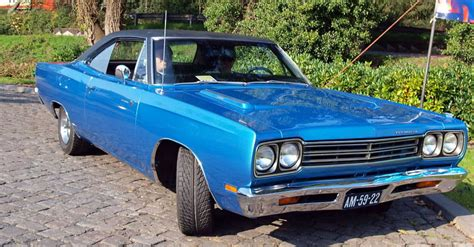Fastest American Muscle Cars Of The 60s And 70s (mopar