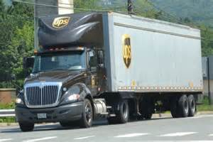 UPS Freight Truck with Lift Gate